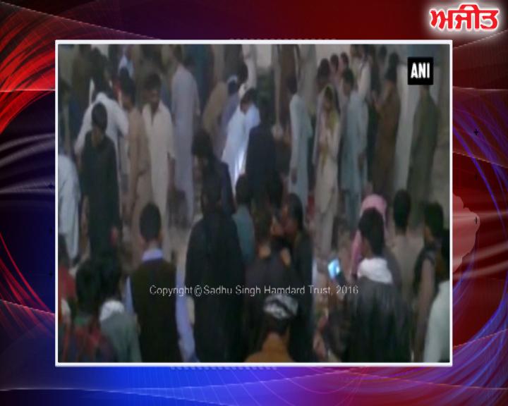 ਪਾਕਿਸਤਾਨ : ਸਿੰਧ ਨਜ਼ਦੀਕ ਸਹਿਵਾਨ 'ਚ ਆਤਮਘਾਤੀ ਹਮਲੇ 'ਚ 100 ਦੀ ਮੌਤ , 250 ਤੋਂ ਵੱਧ ਜ਼ਖ਼ਮੀ