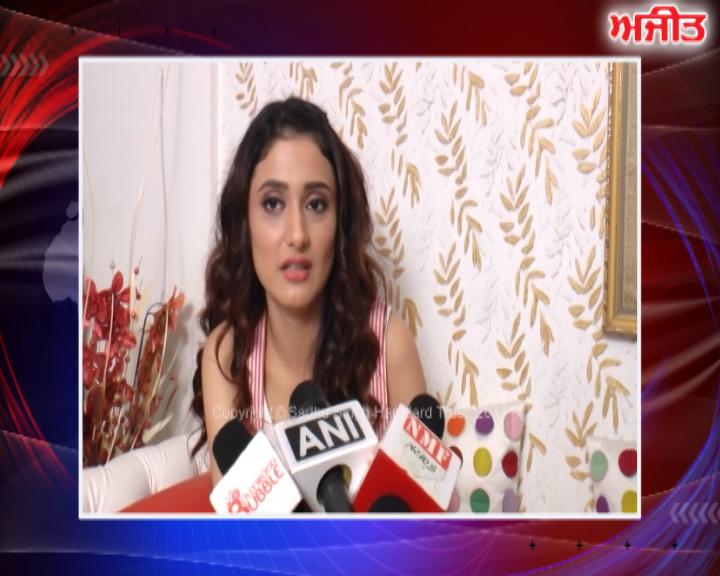 ਮੁੰਬਈ : ਰਾਗਨੀ ਖੰਨਾ ਨੇ ਫਿਲਮ 'ਗੁੜਗਾਉਂ' ਬਾਰੇ ਕੀਤੀ ਗੱਲਬਾਤ